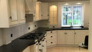 black worktops with black handles